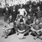 vorn links Heinrich Schulz, vorn rechts Richard Kurmis 2. Reihe Mitte Wilhelm Martens, 3. Reihe 2. Vorn rechts Hans Hermann Meyer